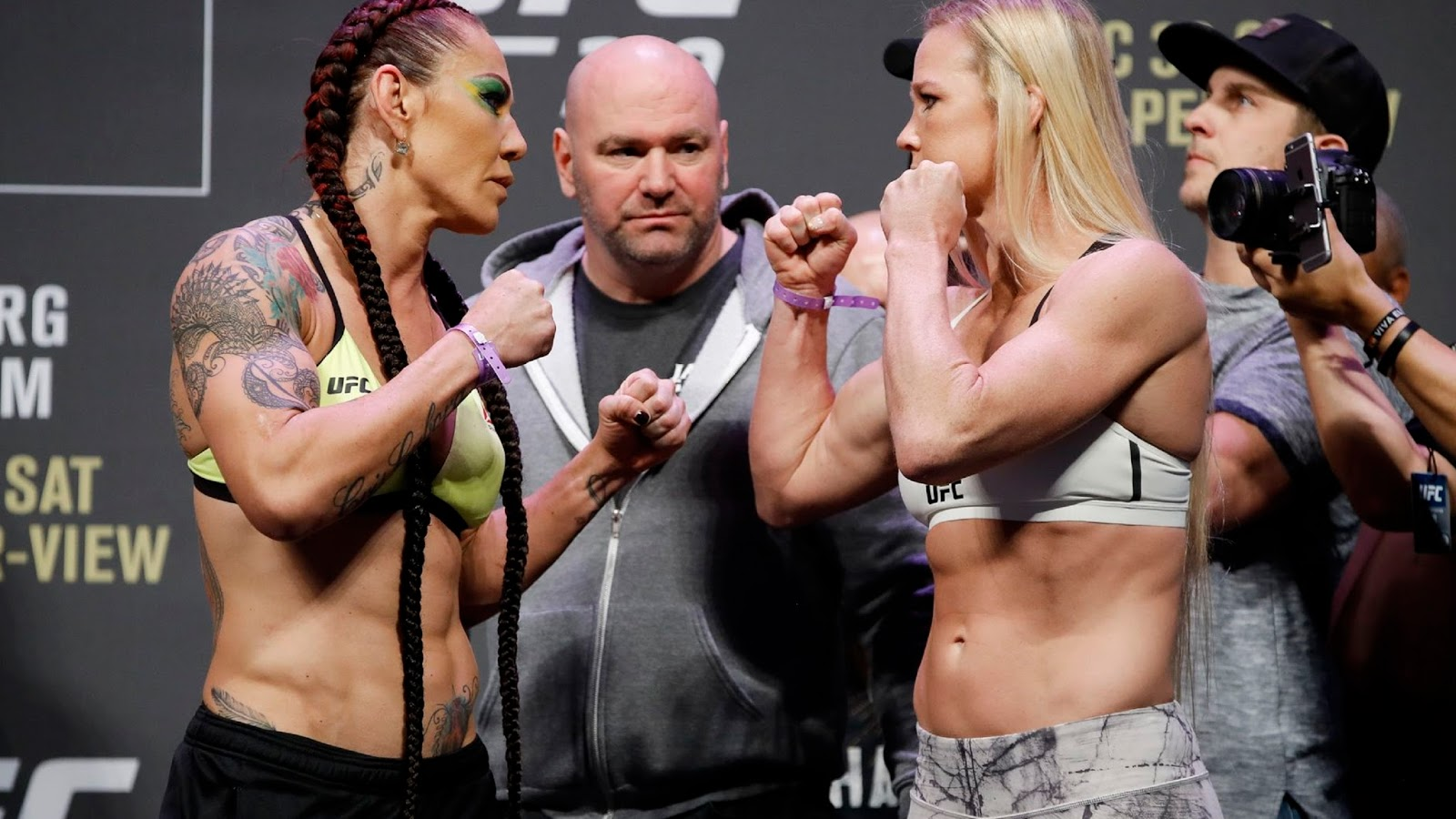 UFC 219  CRIS CYBORG VS. HOLLY HOLM