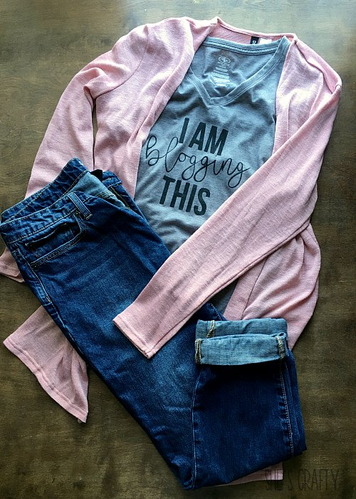 i am blogging this t, blush sweater