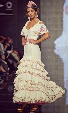 e74a7df79 Trajes de flamenca 2014 Lina - MODA Y BIENESTAR