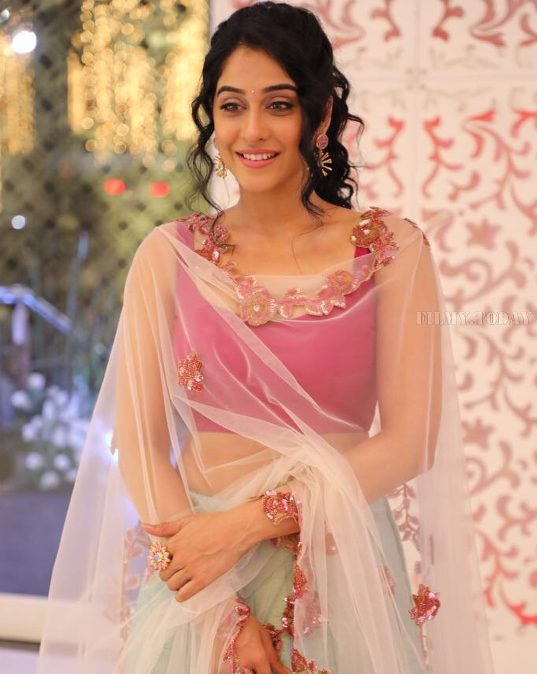 HD Photos & Wallpapers of Mr. Chandramouli HOT & Sexy actress Regina Cassandra