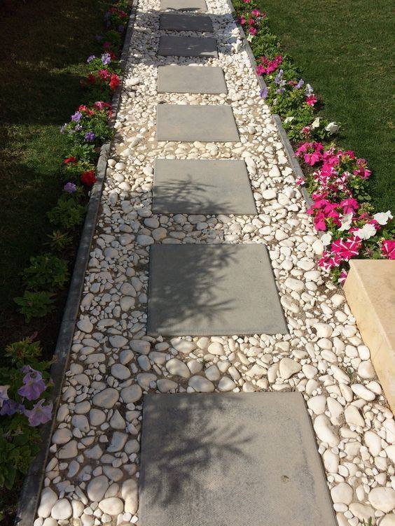 20 inexpensive easy gravel paths, walkway and stepping