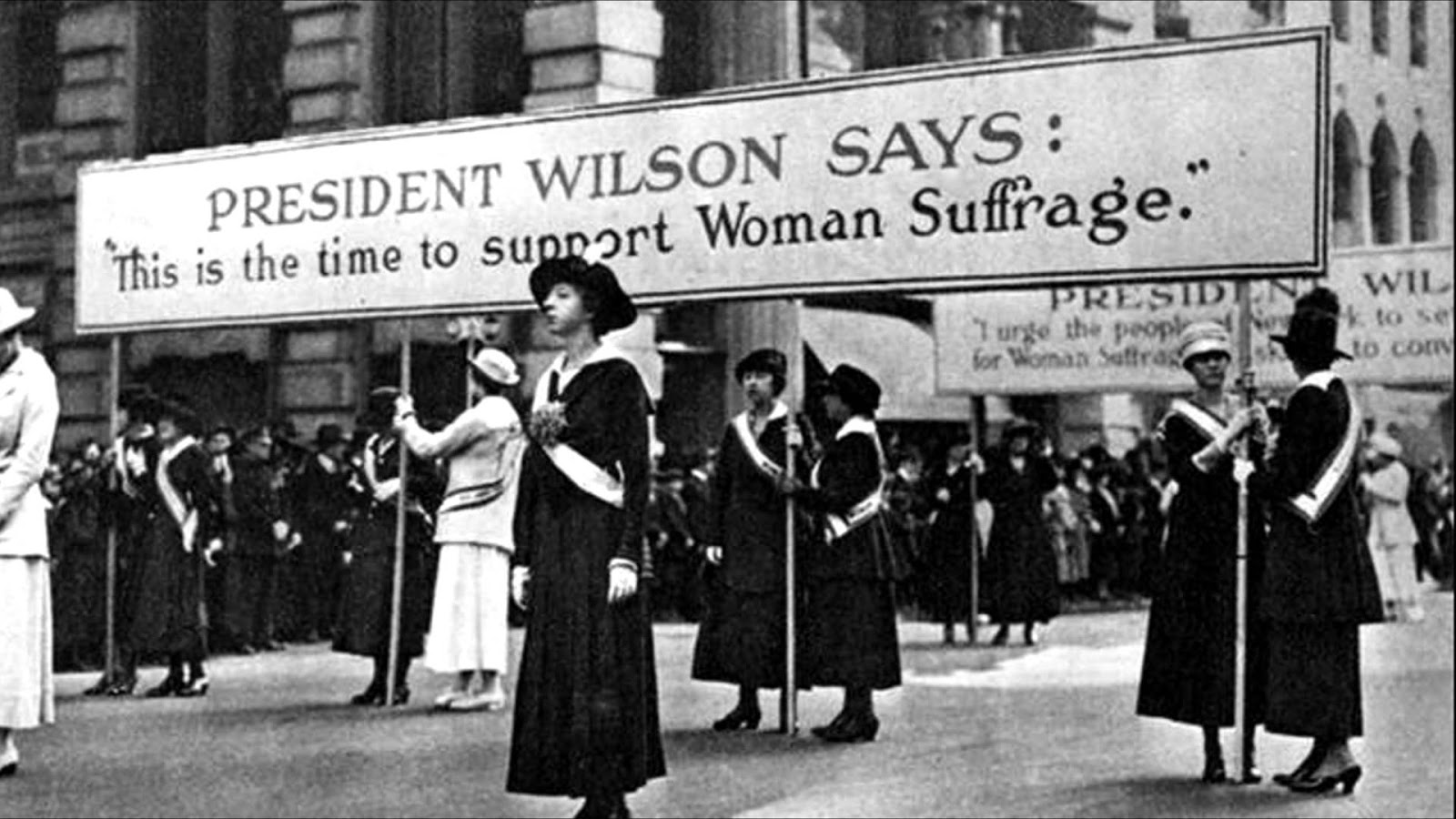 an analysis of the womens suffrage party in the united states of america For more than a century, women in the united states struggled to obtain the right to vote as they sought to claim their rights as citizens, they confronted deeply entrenched prejudices against women's participation in political lifein 1920, the suffrage movement finally achieved victory with the ratification of the nineteenth amendment to.