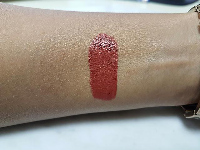 Rimmel London Provocalips in 750 Heart Breaker - Lip Colour + Gloss