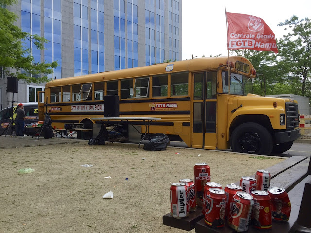 The Travelled Monkey - Skol bus