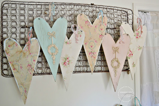 Pretty Little Things getting ready for the Spring Vintage Marketplace