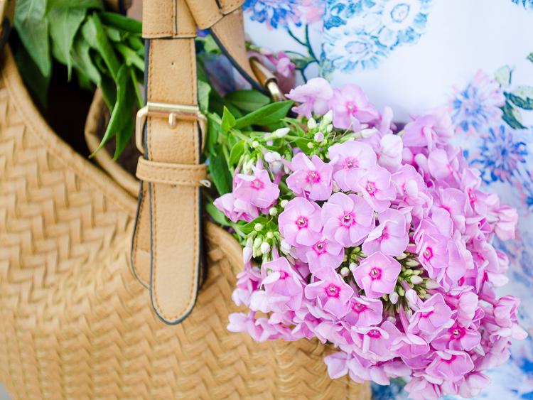 diyorasnotes floral midi skirt asos blue top 45 - LOOK OF THE DAY: FLORAL PRINT MIDI SKIRT