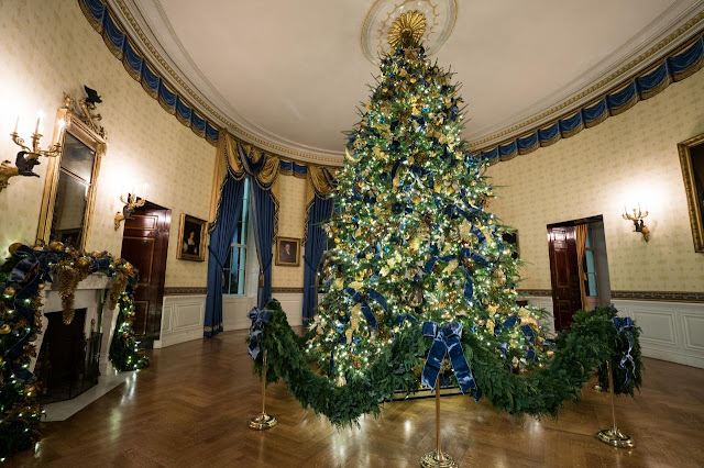 white house christmas 2017 the lavish decorations in perennial favorite spaces like the green room red room and east colonnade will be highlighted