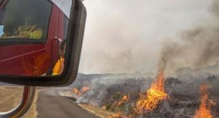 Ηράκλειο: Άναψε φωτιά στο χωράφι και κατέληξε με χειροπέδες