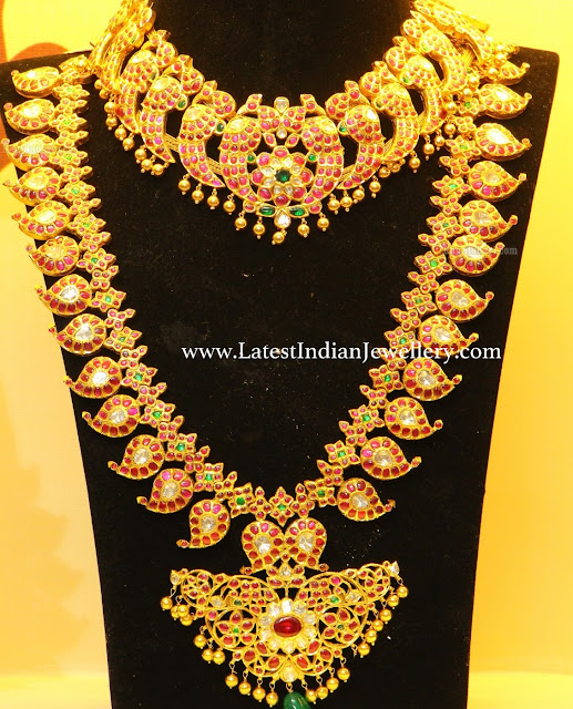 Ruby Parrot Necklace Mangomala
