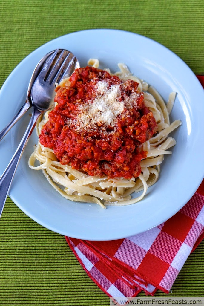 http://www.farmfreshfeasts.com/2015/03/fast-pasta-with-slow-roasted-tomatoes.html