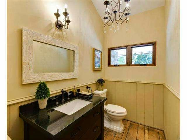 earth tone bathroom