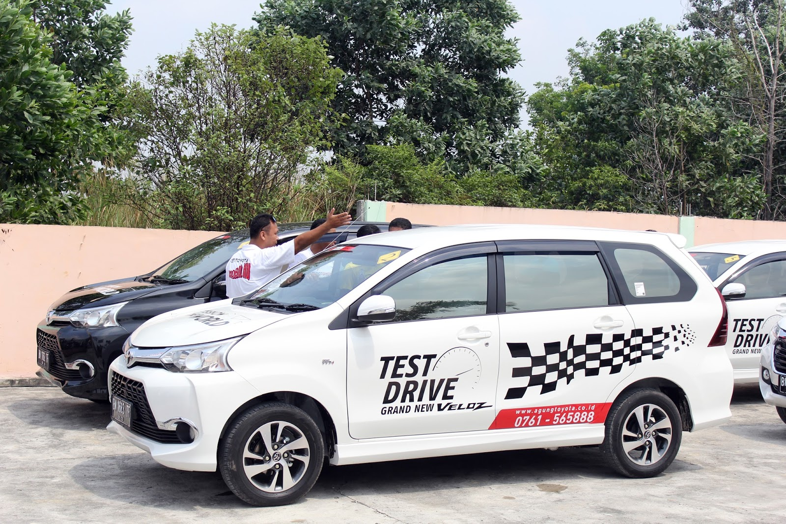 Test Drive Grand New Veloz All Camry Specs Pekanbaru News Rupiah Melemah Ini Waktu Yang Tepat Membeli Mobil Avanza Dan Saat Dilakukan Di Stadion Utama Riau Foto Didi Wirayuda