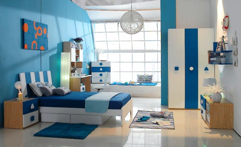 Phòng ngủ màu xanh dương thoải mái