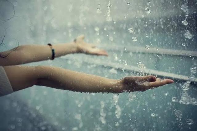 Hujan Bikin Teringat Mantan,