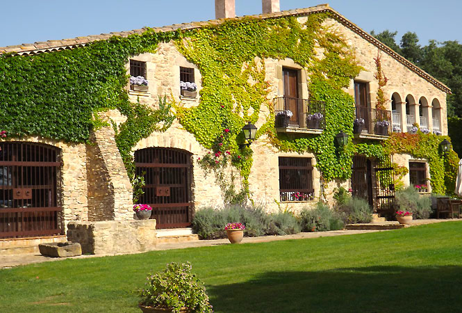Chic Country House Costa Brava