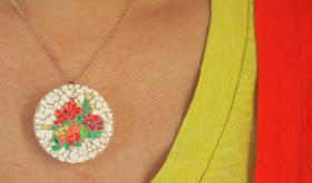 make yourself an eggshell mosaic pendant- great kids craft!
