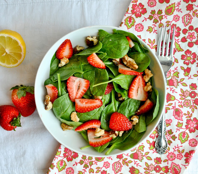 Strawberry Spinach Salad with Sweet Lemon Dressing from Neighborfoodblog.com