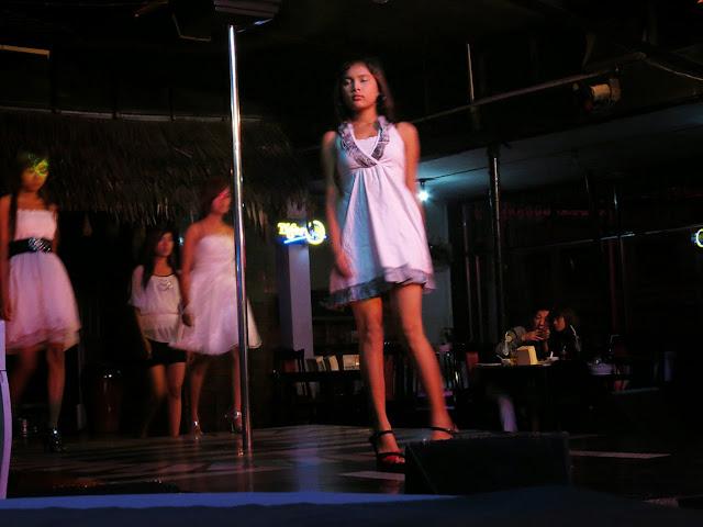 Nightclub ladies at Zero Zone
