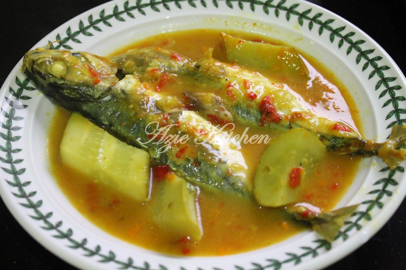 Masak Tempoyak Ikan Kembung Dengan Timun Azie Kitchen