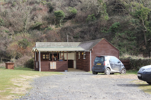 Eating Out - The Beach Cafe, Caerhays Beach