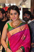 Raashi Khanna new glamorous photos-thumbnail-14