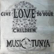 https://zamrockorg.blogspot.com/2019/02/musi-o-tunya-give-love-to-your-children.html