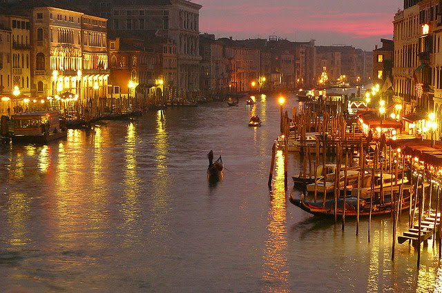 Italian Tourist: World Tourism: 10 Top Tourist Attractions In Italy