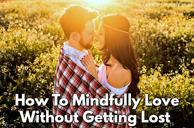how-to-mindfully-love-without-getting-lost-couple