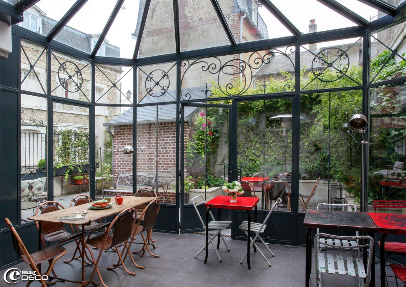 v randa prix du m2. Black Bedroom Furniture Sets. Home Design Ideas