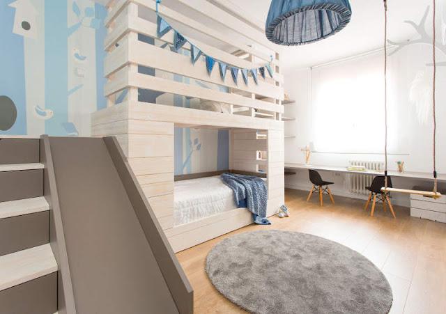 Все для счастливой жизни - двухъярусная детская кровать из дерева с горкой!