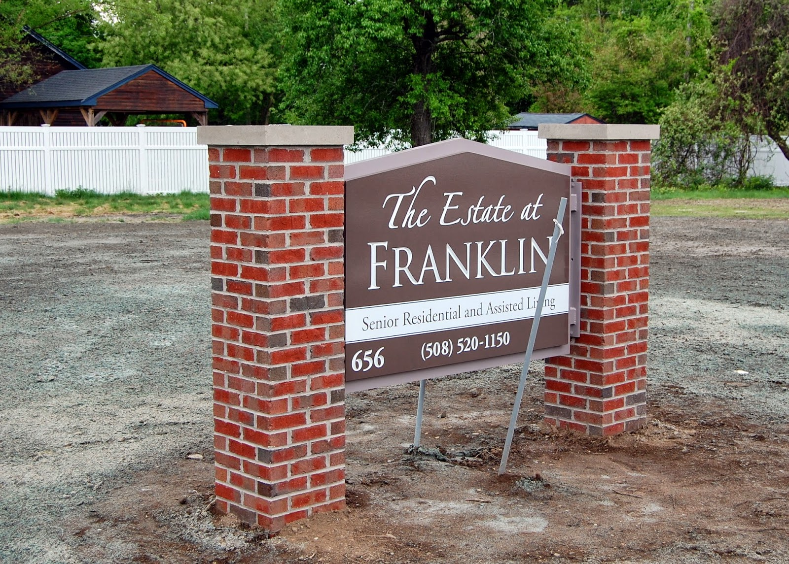 the sign for the Estate at Franklin during their construction period