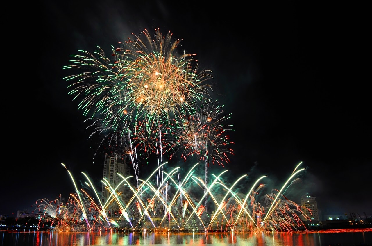 The 7th Da Nang International Fireworks Competition (DIFC 2015) will take place on April 28-29 in the central coastal city of Da Nang.