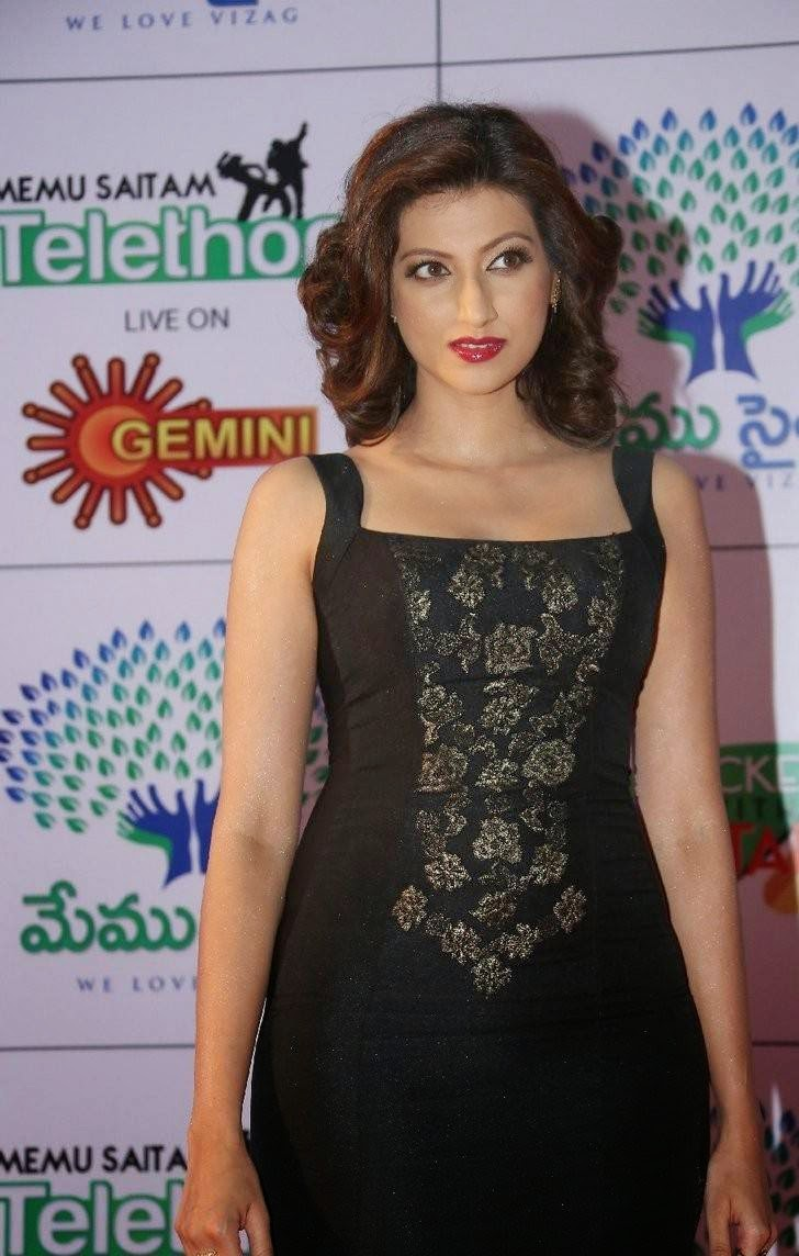 Tollywood Actress Hamsa Nandini, Hamsa NandiniHot Hd Pics in Black Dress
