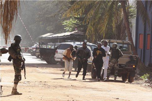 Μαλί: Επίθεση ενόπλων εναντίον στρατιωτικών εκπαιδευτών της ΕΕ στο Μπαμακό