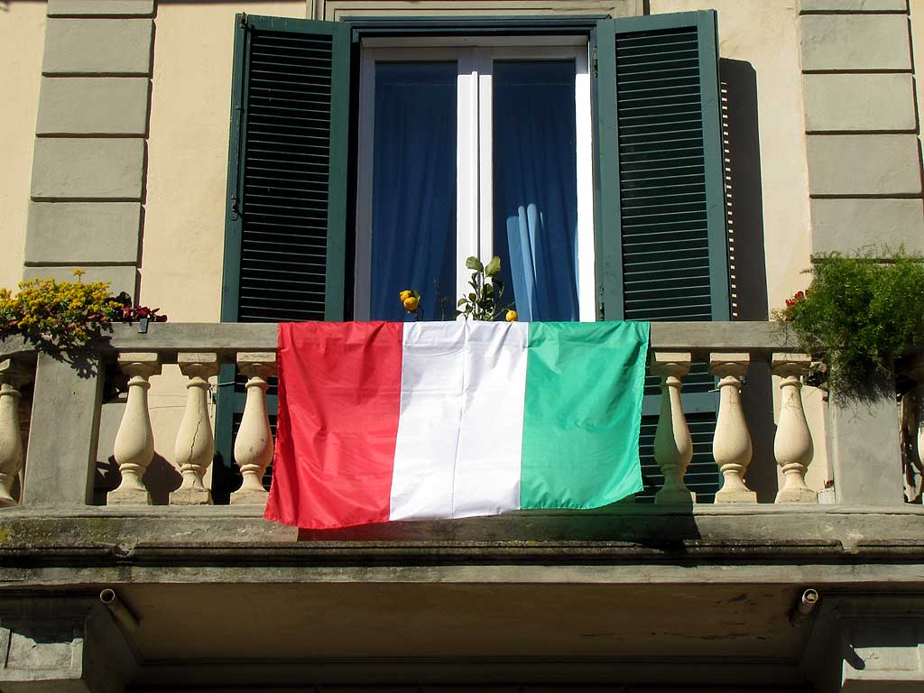 Backward Italian flag on a balcony, Livorno
