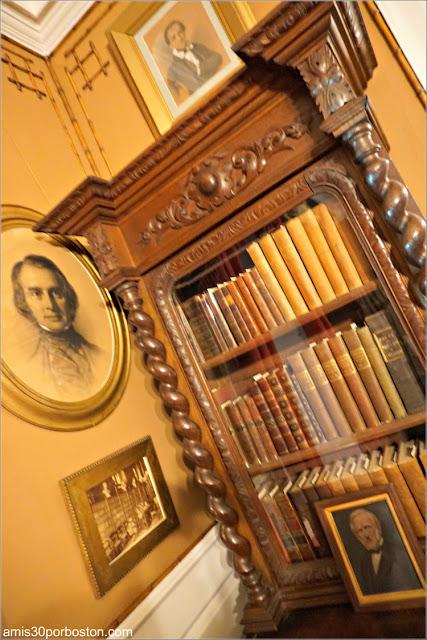 Retrato de Henry Longfellow en el Interior de su Casa Museo
