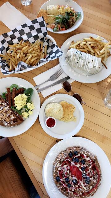 off the griddle, Portland, Oregon, what to eat, vegan food spot, berry waffles, vegan scrambled eggs, port\land foodie, vegan blogger, vegan couple,