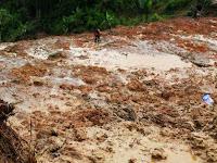 Astagfirullah, Longsor Menimbun Puluhan Rumah Warga Kampung Cimampag