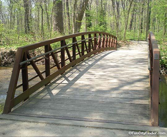 bridges wooden bridge over water. Black Bedroom Furniture Sets. Home Design Ideas