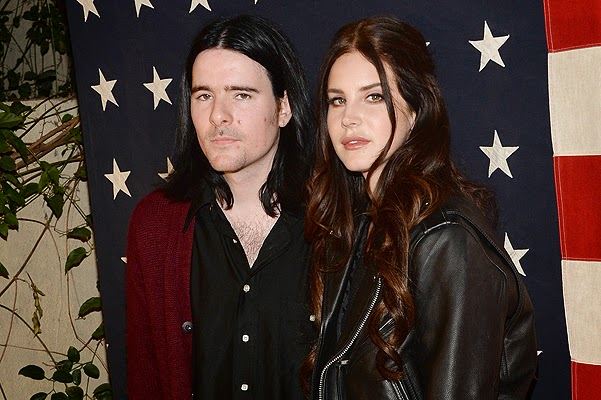 Lana Del Rey and Barry James O'Neal secretly engaged