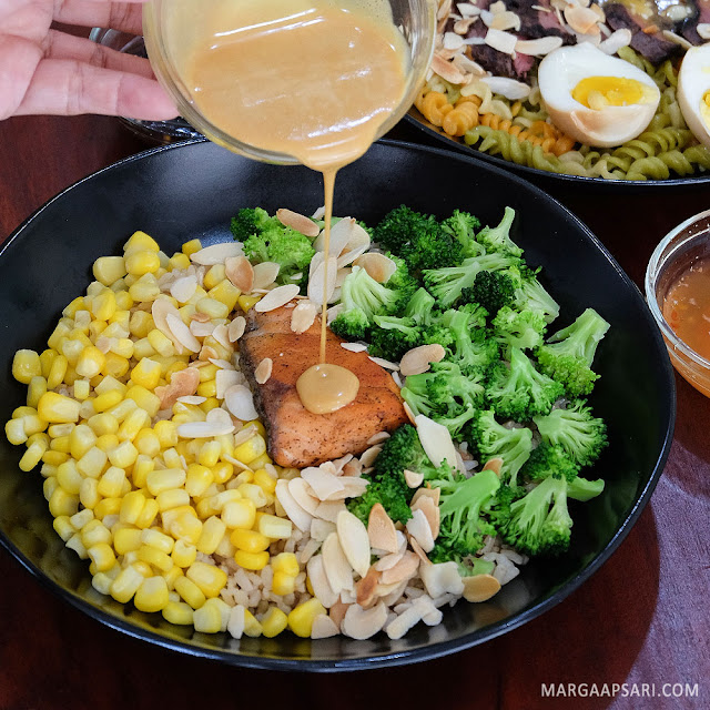 Salmon salad di Farm To Table - Alam Sutera, Tangerang