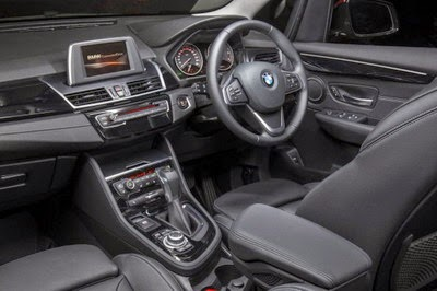 Interior BMW Seri 2 Active Tourer