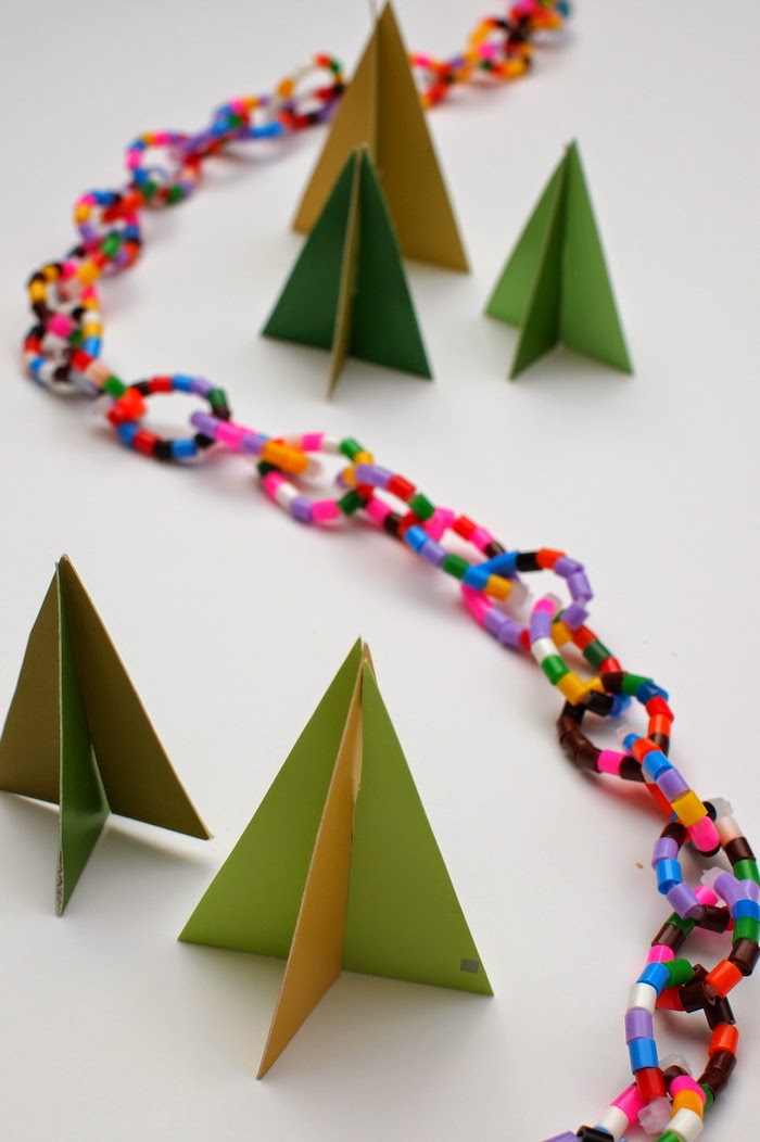 Perler Bead Holiday Garland- Easy, fun, and colorful!