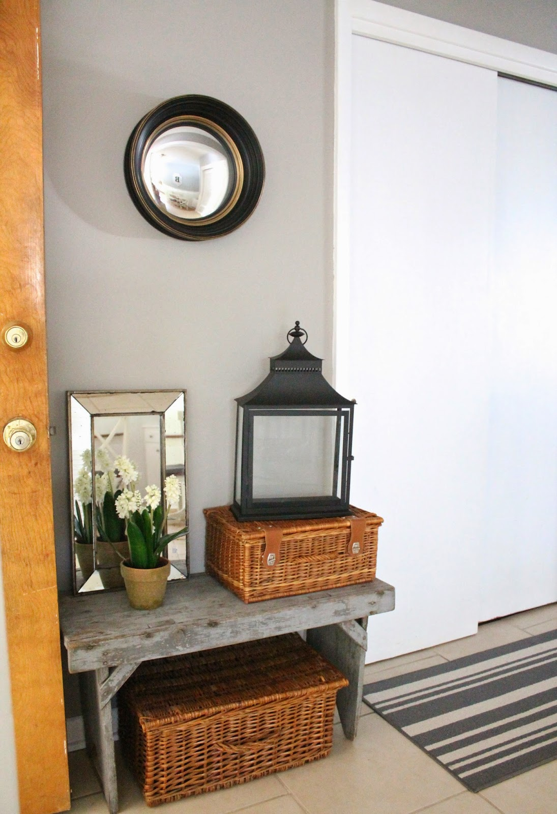 12th And White: Our Entryway {Accessorizing With Home