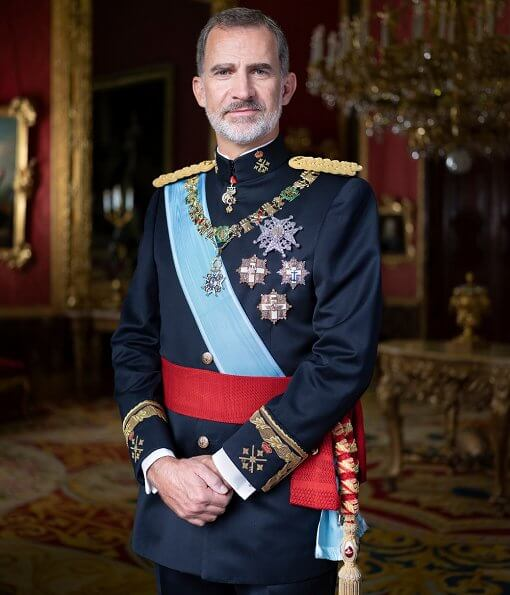 King Felipe, Queen Letizia and their children, Crown Princess Leonor and Infanta Sofia