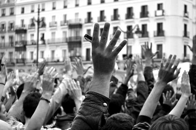 Teoría del resentimiento y su función en las democracias