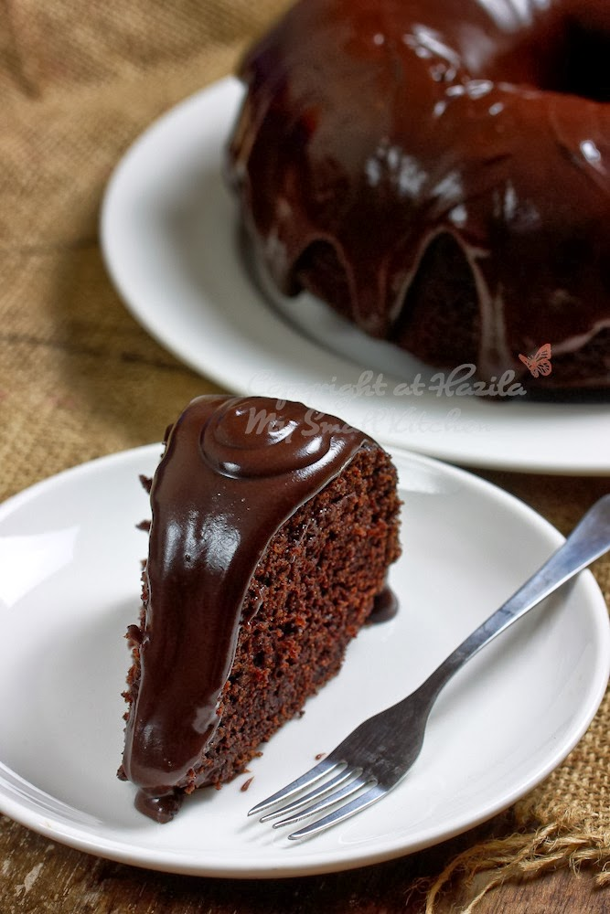 My Small Kitchen Chocolate Moist Cake With Ganache