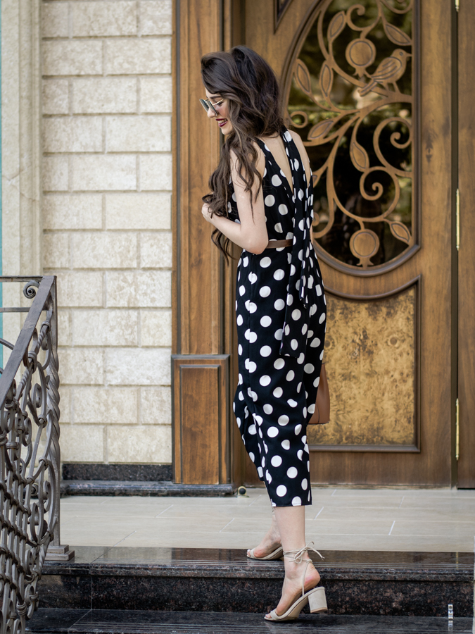 fashion blogger diyora beta diyorasnotes tashkent street style summer look outfit casual vintage earrings retro polka dot jumpsuit romper