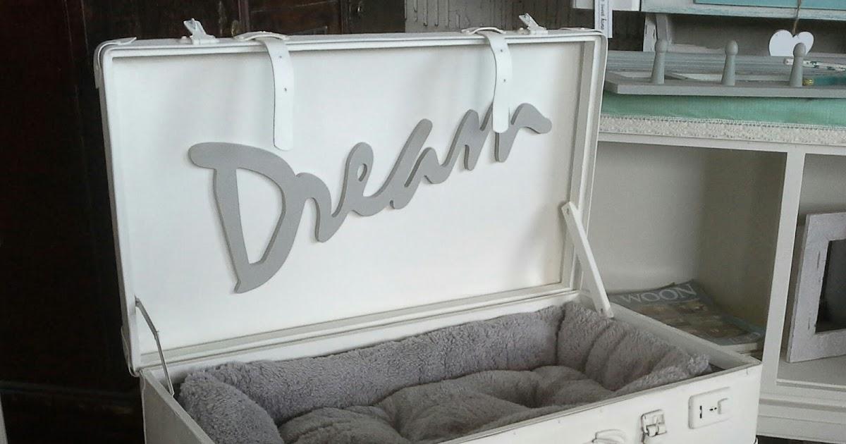 shabby chic brocante shabby chic hundebett alte. Black Bedroom Furniture Sets. Home Design Ideas