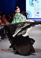 Actress Mannara Chopra Ramp Show in Fashion Dress at Delhi  0008.jpg
